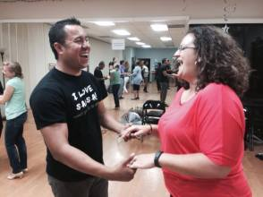 Having-Fun-At-OC-Salsa-Dance-Class-in-Orange-County